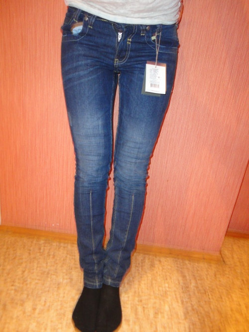 в колготках и джинсах фото